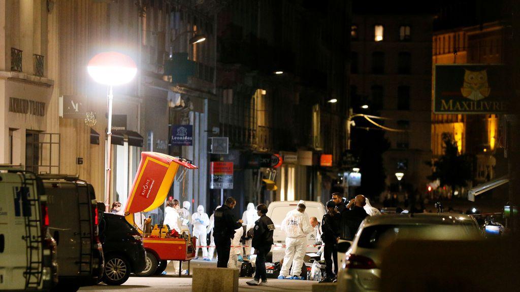 Detenida una persona por su presunta vinculación con el ataque con explosivos en Lyon