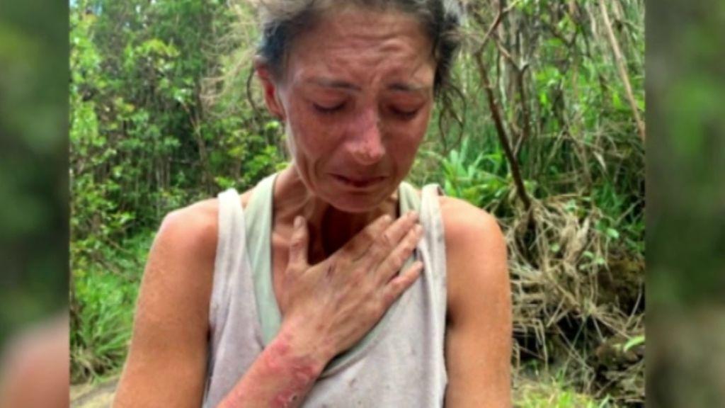 """""""Tuve momentos de miedo y pérdida total, de querer rendirme"""": la joven desparecida en la selva de Hawai se recupera"""