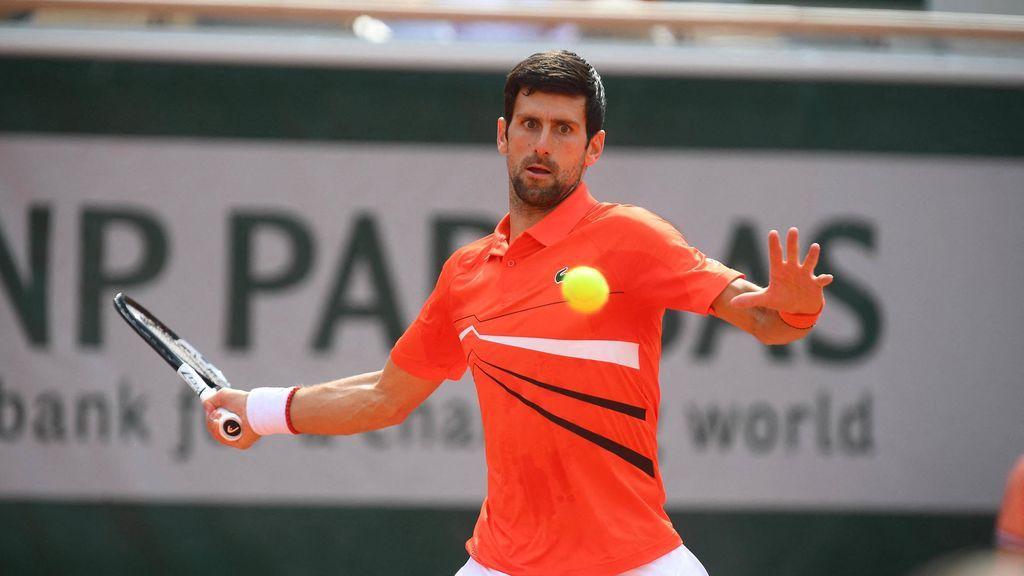 Djokovic arrolla a Laaksonen al ritmo de Nadal y ya está en tercera ronda de Roland Garros