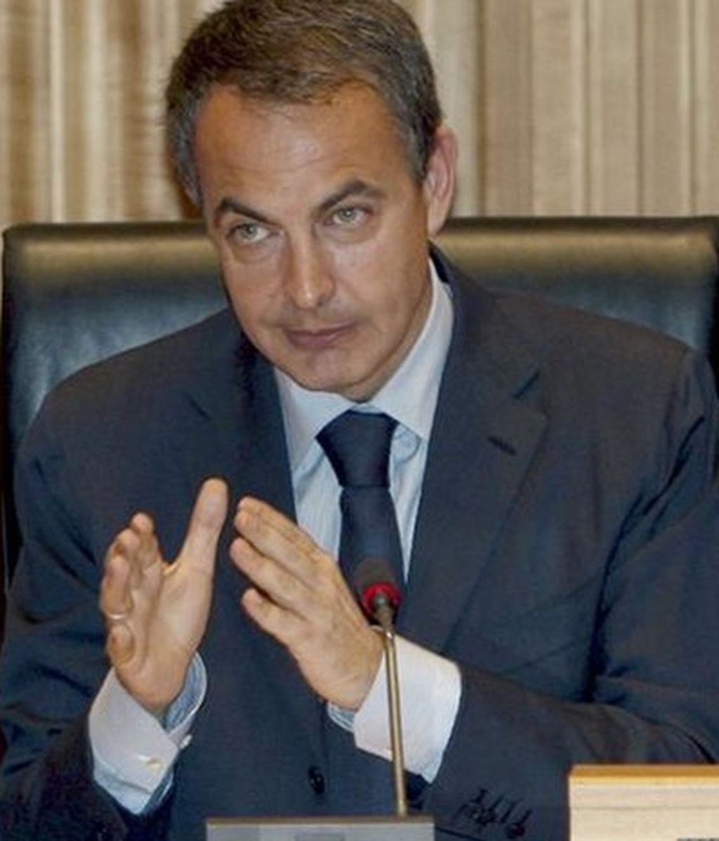 Las actas de ETA revelan que Zapatero informó al mediador de que Francia preparaba un golpe contra la banda