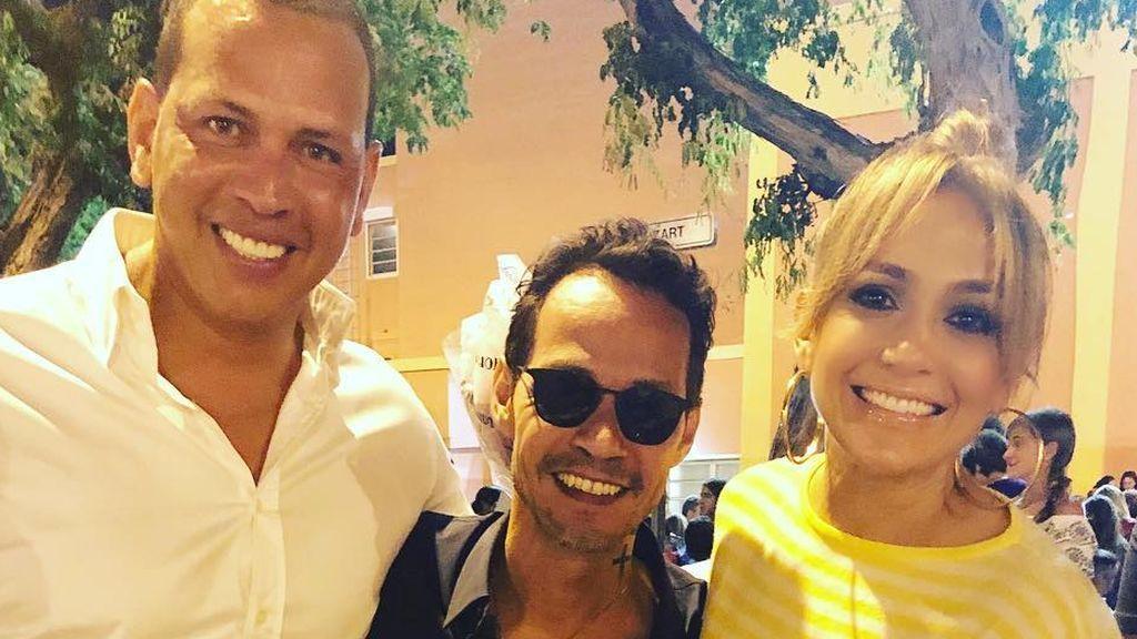 El vídeo de Jennifer López cantando con su novio y su ex, Marc Anthony