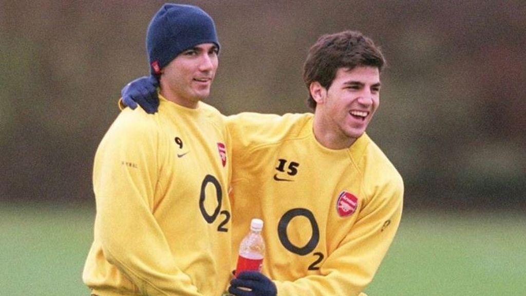 """La emotiva despedida de Cesc Fábregas tras el fallecimiento de Reyes: """"Mi primer gran amigo en el mundo del fútbol"""""""