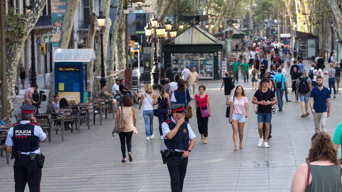 Detenido tras crear alarma en La Rambla de Barcelona por llevar un arma simulada
