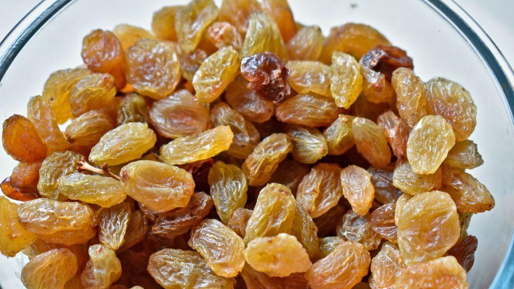 raisins-2576329_1920