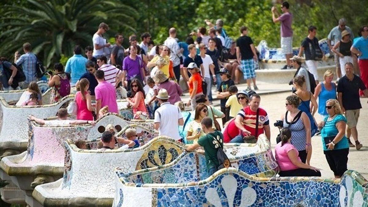 Aumenta un 4,4% el número de turistas extranjeros que visitan España y un 5,1% el gasto que hacen en el país