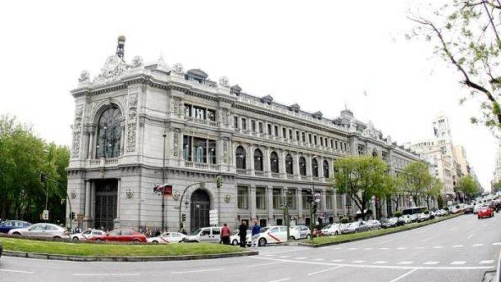 """El Gobierno pide al Banco de España a que deje de crear """"alarma"""" y """"pida perdón"""" por sus declaraciones sobre el SMI"""