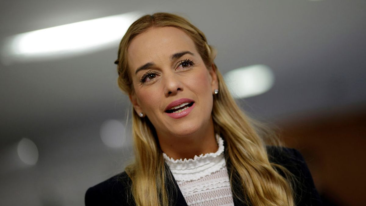 Lilian Tintori, esposa de Leopoldo López, y su hija menor se encuentran en España