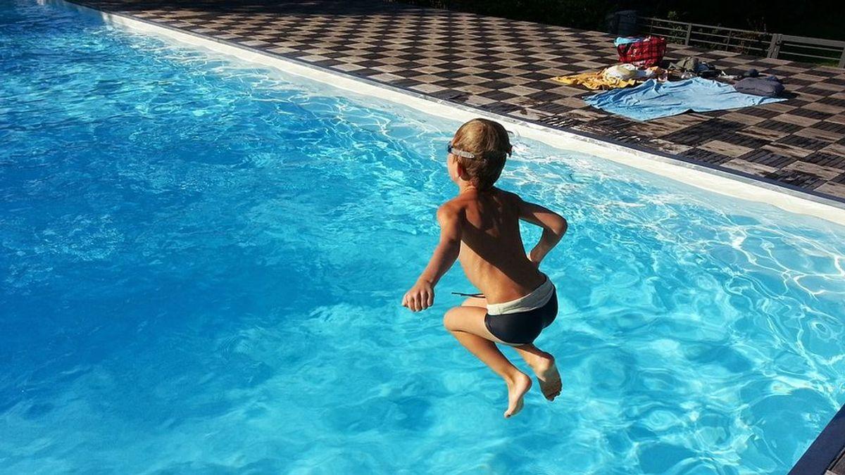 Nueve recomendaciones para evitar sustos con los pequeños en las piscinas este verano