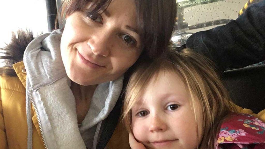 Muere una británica que rechazó la quimioterapia para intentar curarse el cáncer siguiendo una dieta vegana