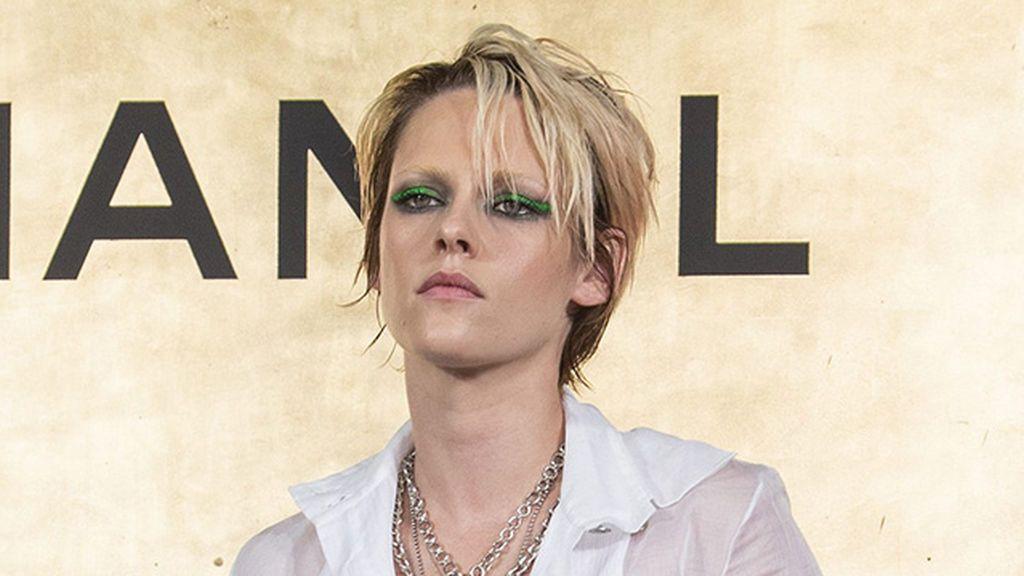 Ni Lion mane, ni bushy brows, la nueva tendencia en cejas es la Kristen Stewart: sin cejas. ¿Cómo se llevan?