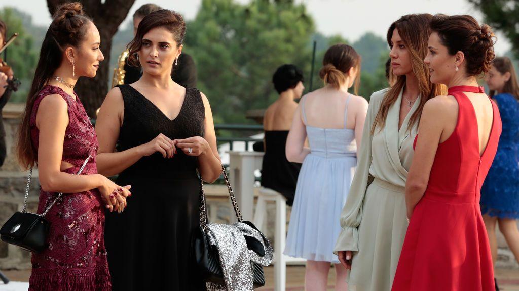 Divinity ofrece el final de las series turcas de moda dentro del evento 'Un junio sin palabras'