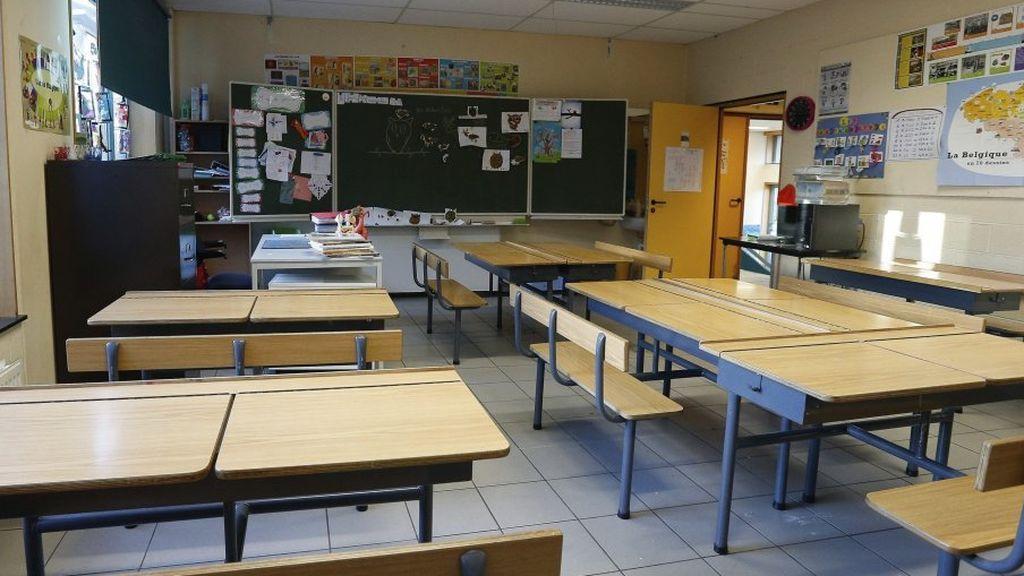 Detenido un alumno de 18 años por acosar sexualmente a su profesora en Gijón