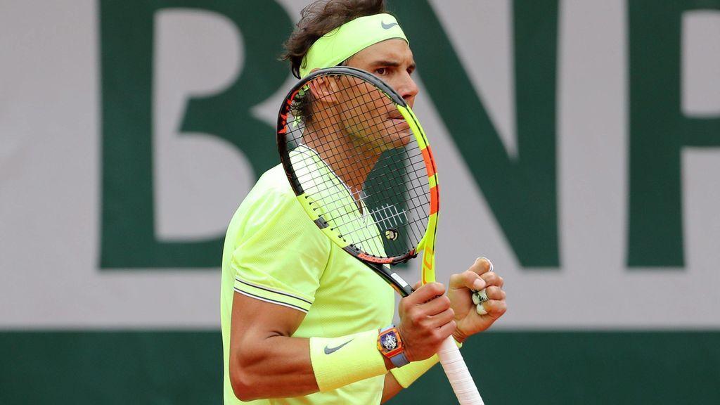 Rafa Nadal se adelanta a la previsión de lluvia y derrota a Federer para meter en la final de Roland Garros