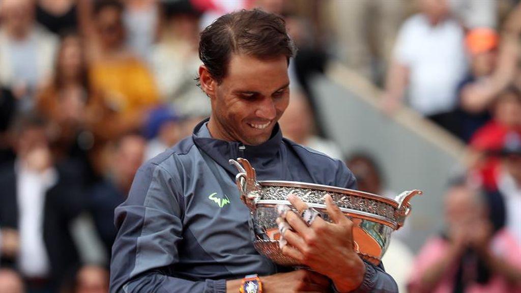 Nadal mantiene intacto su trono en París y consigue su duodécimo Roland Garros
