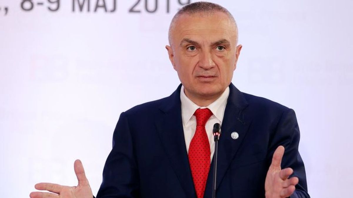 """El presidente de Albania cancela las elecciones locales por las """"tensiones políticas"""" que sufre el país"""