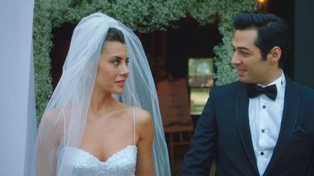 Oya y Serham se casan