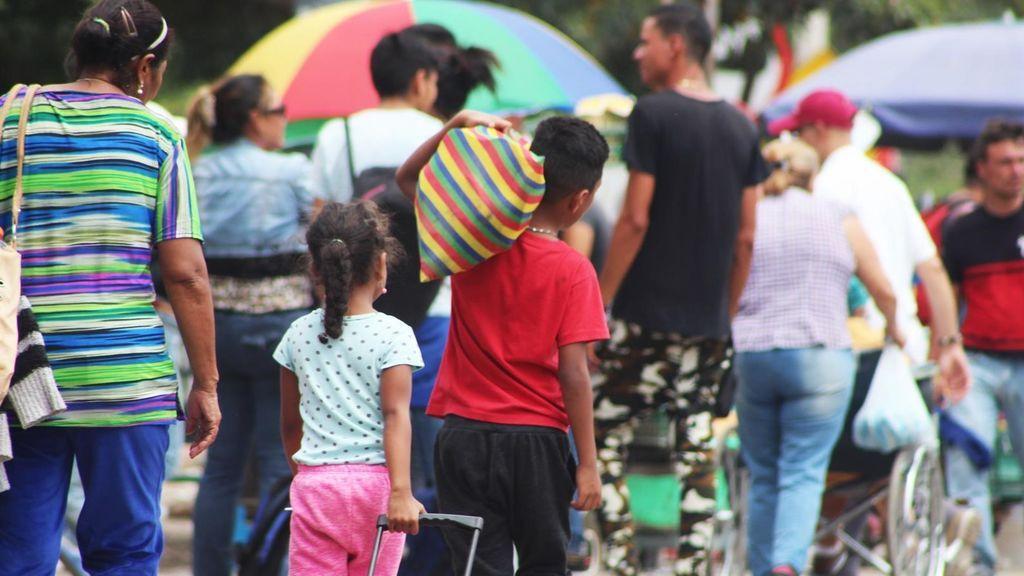 Al menos 18.000 venezolanos han entrado en Colombia tras la reapertura de las fronteras