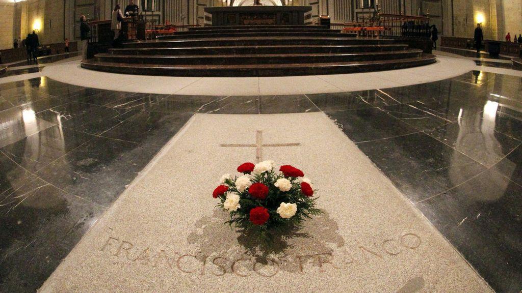 Hoy era el día en el que Franco tenía que haber salido de El Valle de los Caídos