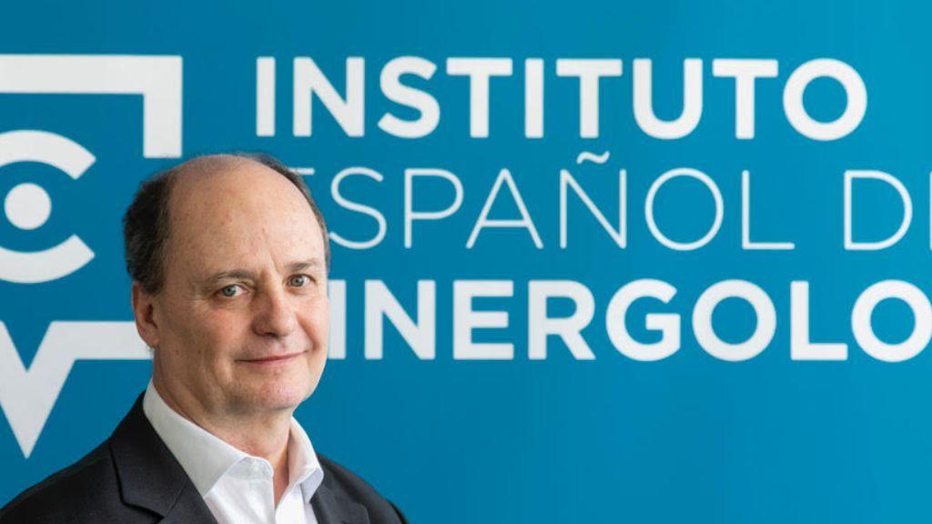 Philippe Turchet, en el Instituto español de Sinergólogos