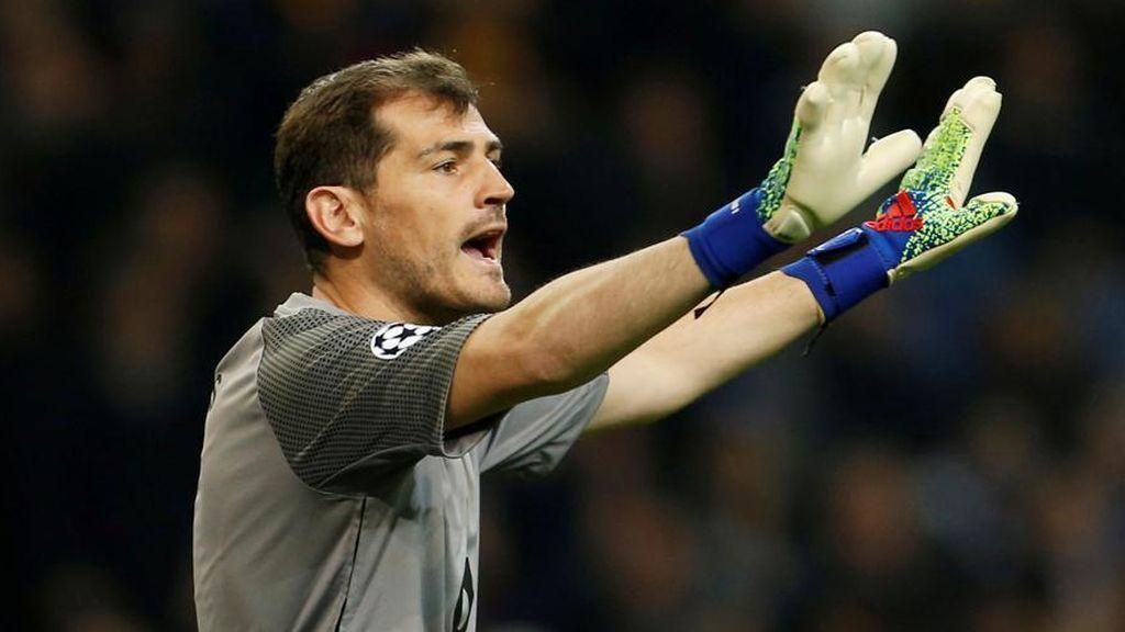 """Casillas vuelve a desmentir su retirada: """"Tranquilidad"""""""