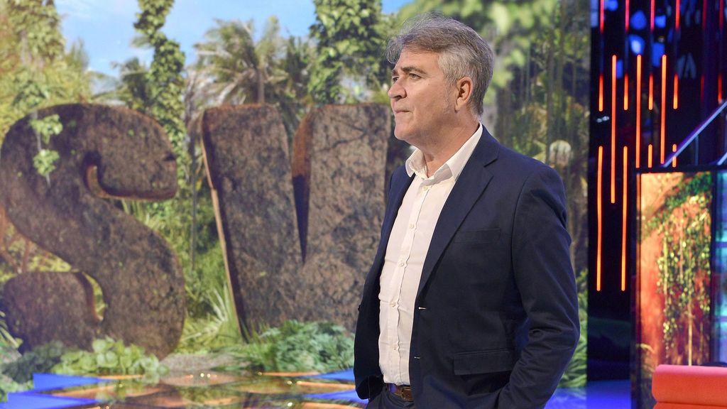 El decano del reality show en televisión  se llama Paco Fernández