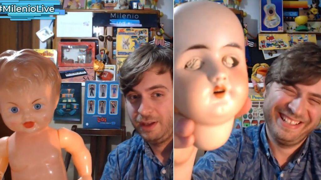 Alfon enseña la muñeca de su abuela y otros juguetes dignos de exorcismo