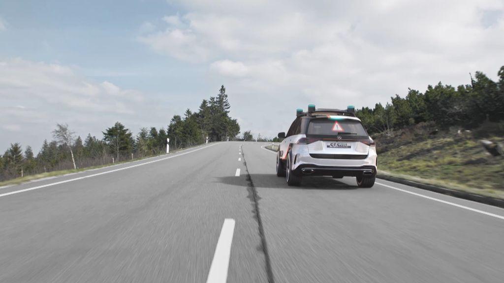 La seguridad de los coches del futuro: las lunas traseras proyectarán imágenes para evitar colisiones