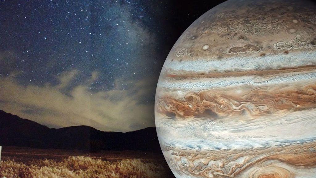 La última luna llena de la primavera tendrá 'un hermanito': podremos ver a Júpiter brillar justo a su lado