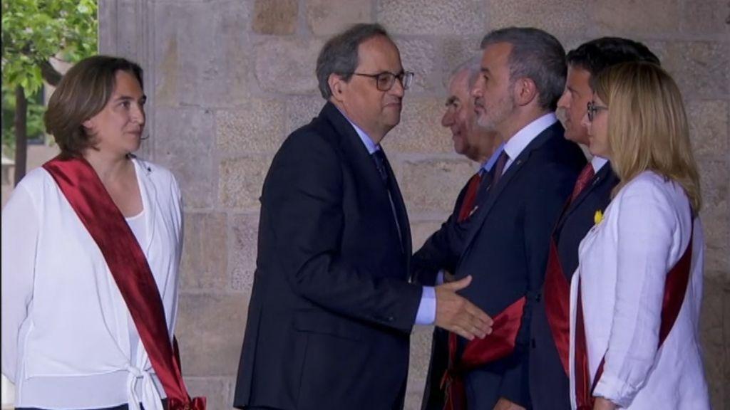 Manuel Valls niega el saludo a Torra y el PP planta al presidente de la Generalitat