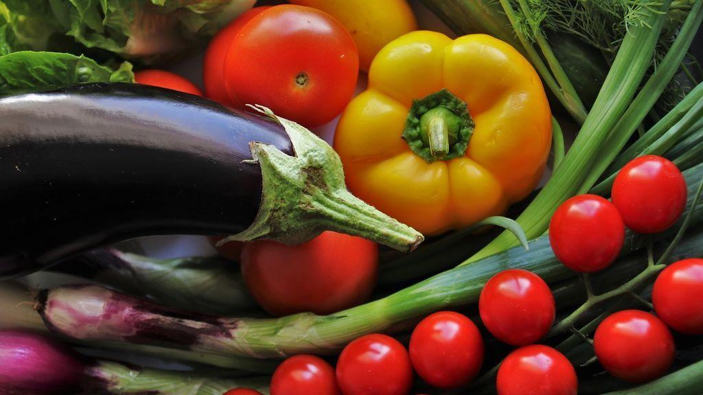 El color de las frutas y verduras potencia diferentes beneficios para la salud