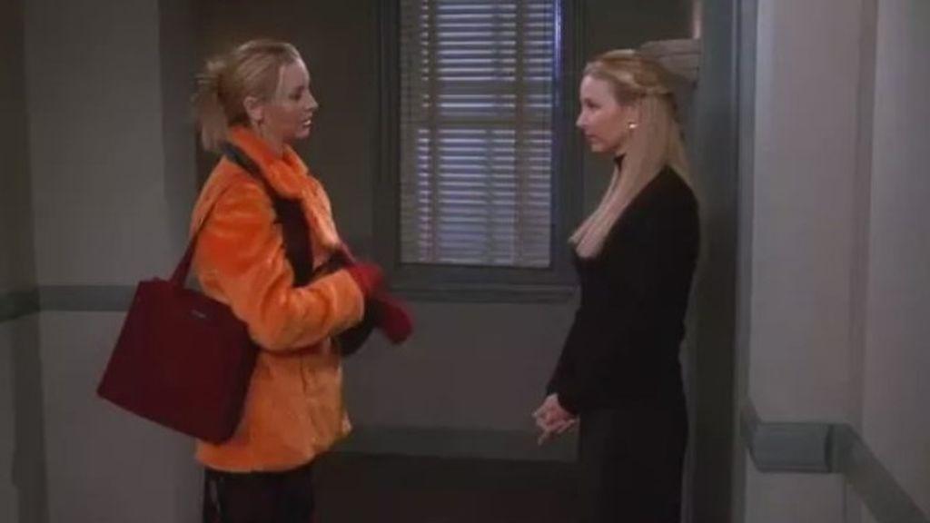 El verdadero motivo por el que Phoebe tiene una hermana gemela en 'Friends'