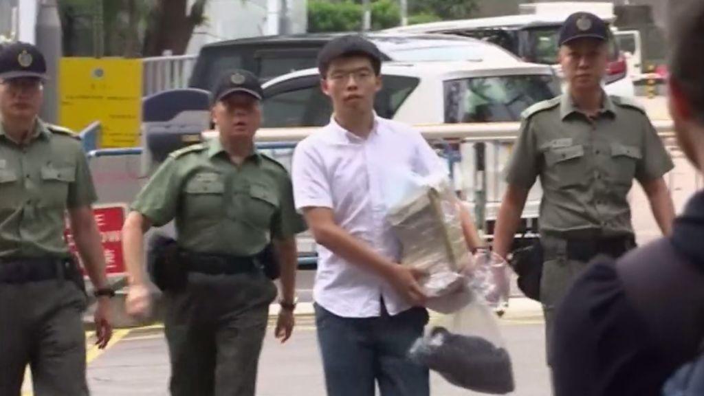 Hong Kong libera al activista Joshua Wong, líder de la Revolución de los Paraguas