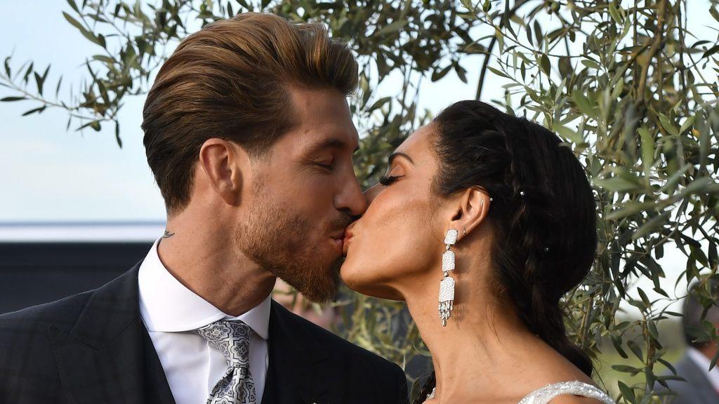 De la entrada en dragón a comer espaguetis: lo más estrambótico y lo más normal que pasó en la boda Ramos Rubio