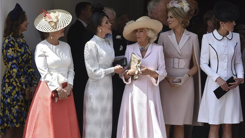 La Reina Letizia junto a Sofía de Wessex, Camilla, la reina Máxima de Holanda y Kate Middleton