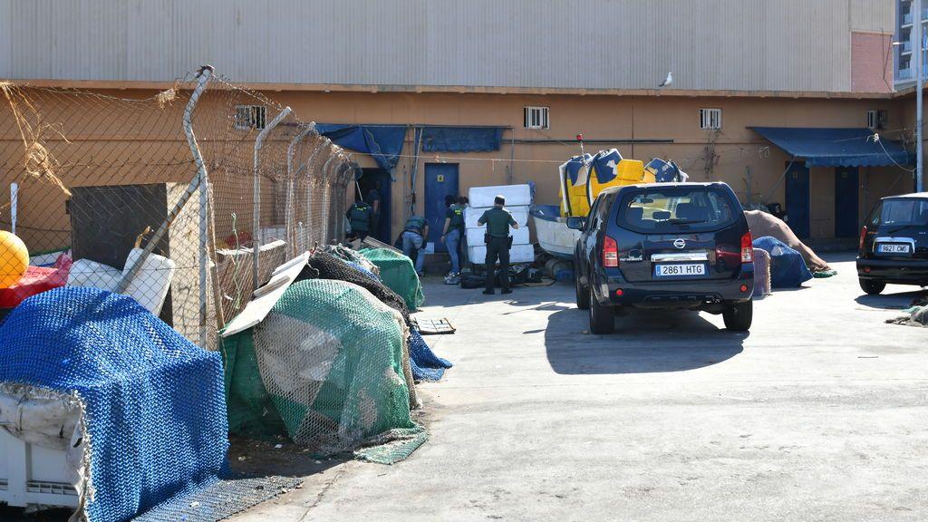 La Guardia Civil arresta a 40 indocumentados en el Puerto de Ceuta tras otra reyerta por el control de la zona
