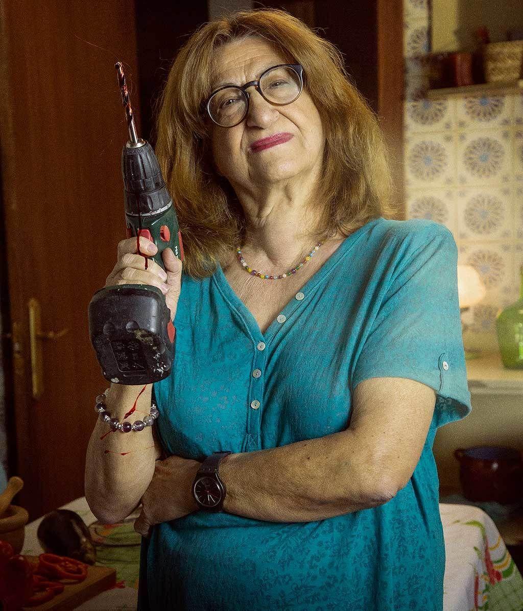 Amparo Peláe: 72 años, la más mayor pero la más violenta