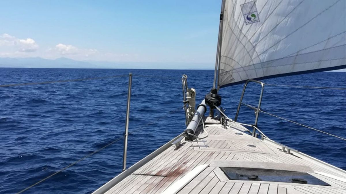 """Diario de un velero en el Mediterráneo: """"Ahora soy el amo absoluto de mi vida"""""""