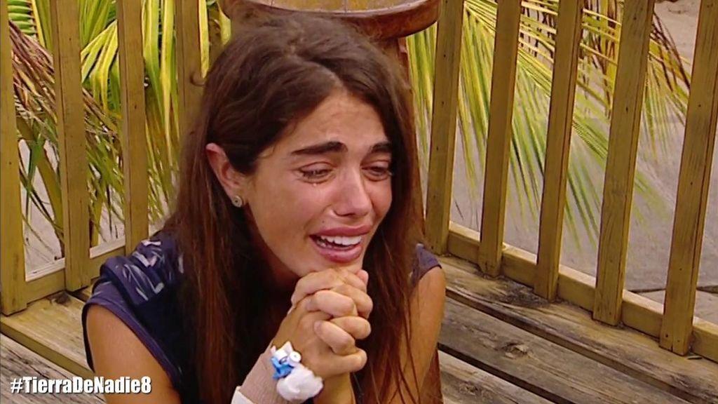"""Violeta, hundida tras la decisión de los médicos: """"Debes volver a España"""""""