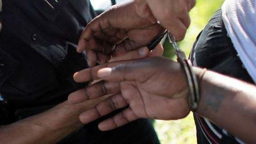 Un bloguero, detenido por difundir las imágenes de tres policías muertos en un ataque de Al Shabaab