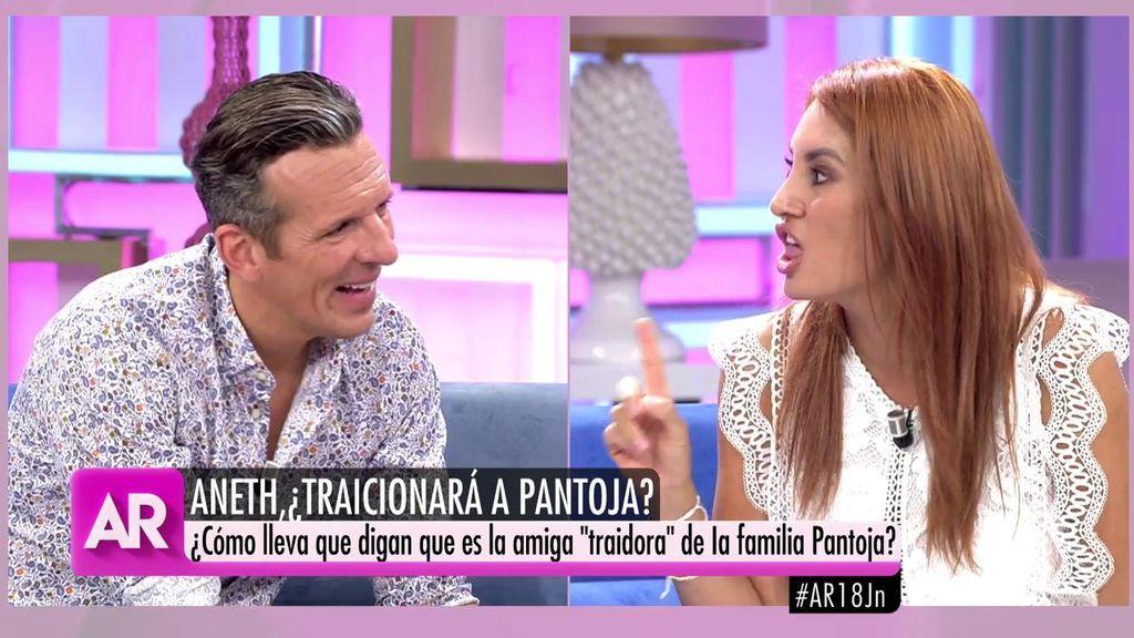"""Rifirrafe entre Joaquín Prat y Aneth: """"A ver lo que tardas en contar la vida de Pantoja en plató"""""""