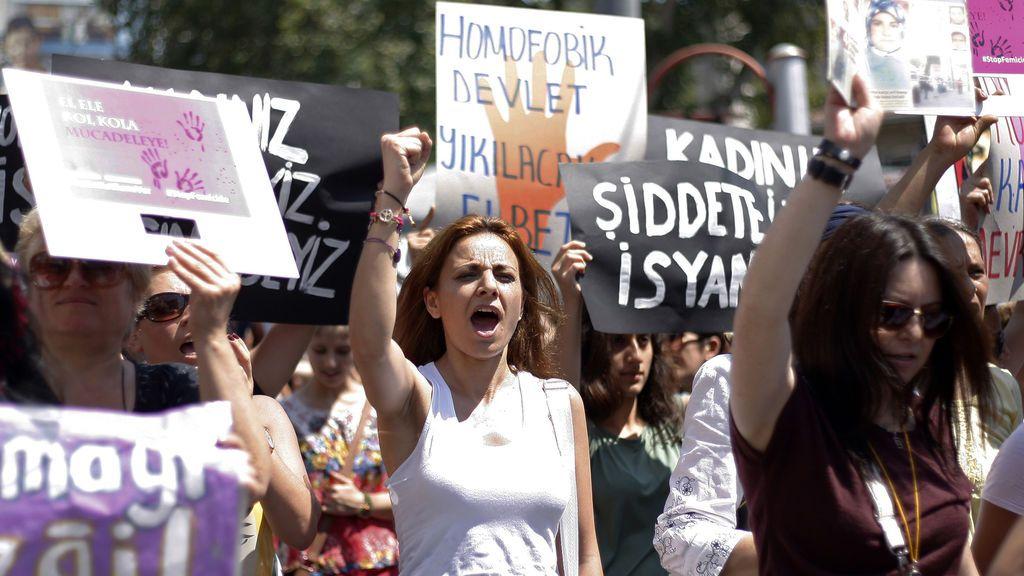 """La fiscalía turca, tras la denuncia de una española por violación: """"En un bar todo puede pasar"""""""
