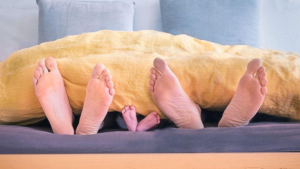 Cada vez nacen menos niños y las madres deciden serlo más tarde, según el INE