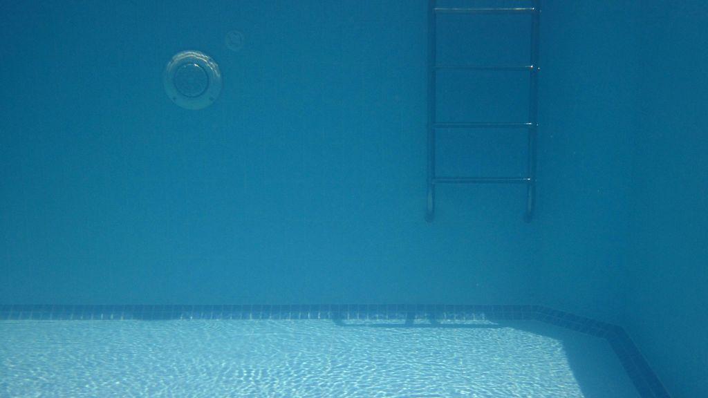 Muere ahogado un niño de dos años tras caer a una piscina en Málaga