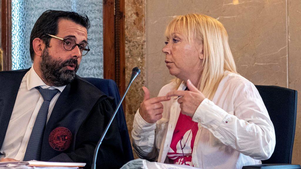 Piden 25 años de cárcel para la mujer acusada de matar a su marido y dárselo de comer a los perros en Mallorca