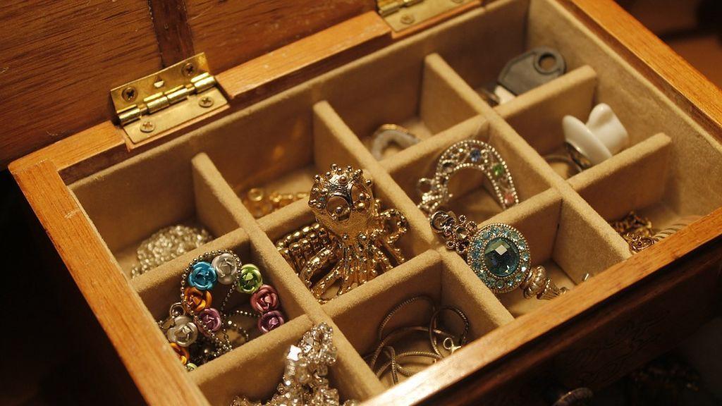 jewels-1090711_960_720