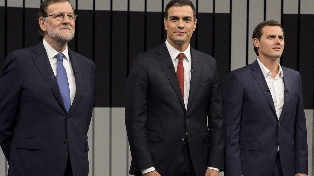 """Rajoy pide a Ciudadanos el """"esfuerzo"""" de abstenerse en la investidura de Pedro Sánchez"""