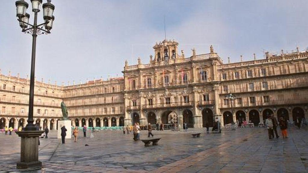 Detienen en Salamanca a un joven de 34 años por atropellar a dos jóvenes que discutieron con un amigo en la disco
