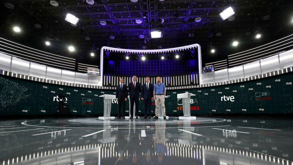 Guía para entender las turbias relaciones entre los partidos políticos