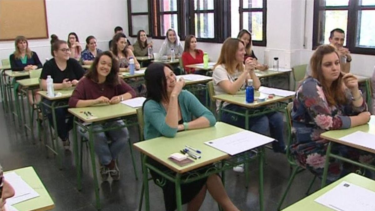 185.000 opositores para 30.562 plazas de docentes en toda España