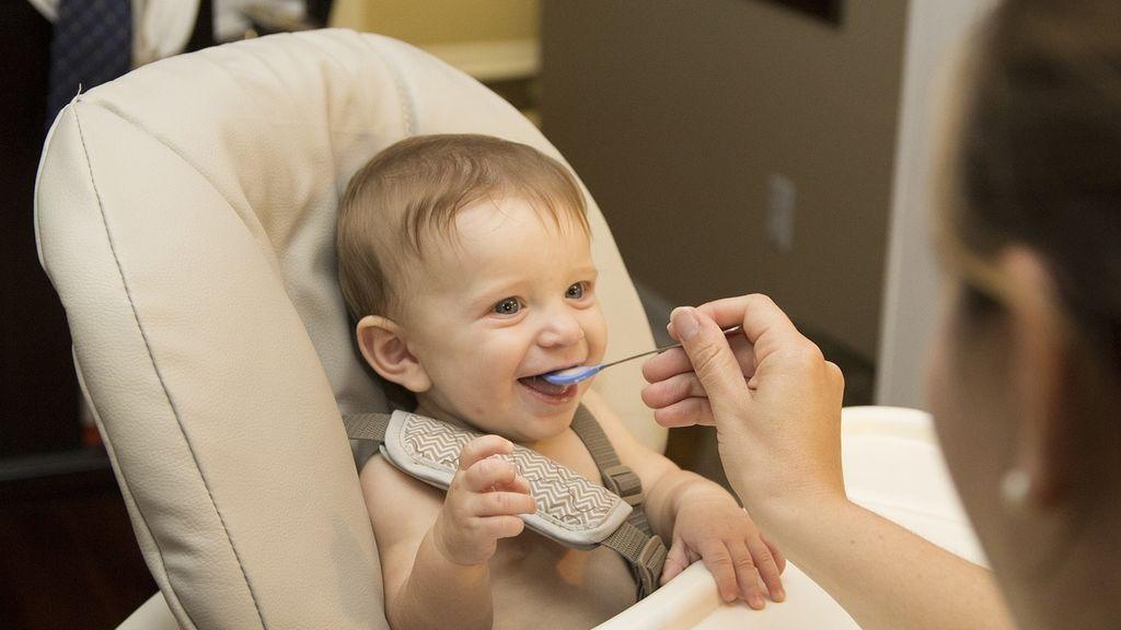 Alimentos y objetos que pueden provocar la asfixia por atragantamiento en niños